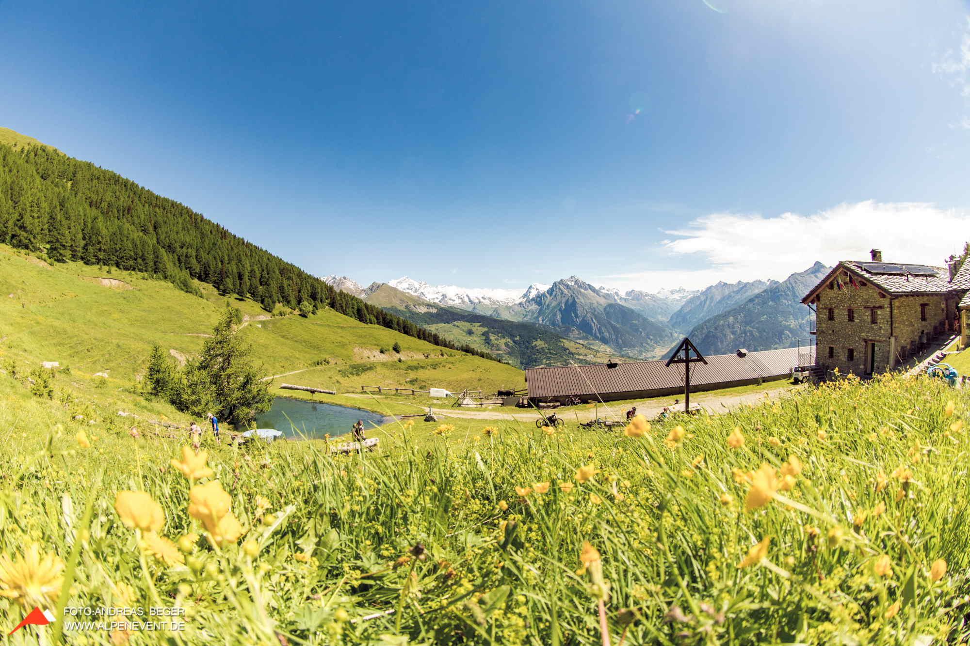 Alpine FlowRide Alpine Trails Mountainbike Freeride & Enduro Camp MTB Enduro Camp Individuelle Tourenbplanung Ride on am Mont Blanc
