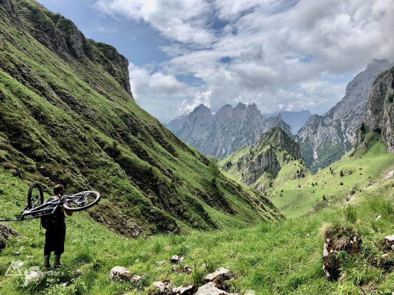 Ride Alpine Trails Mountainbike Freeride & Enduro Camp MTB Enduro Transalp Ost -West Ride on