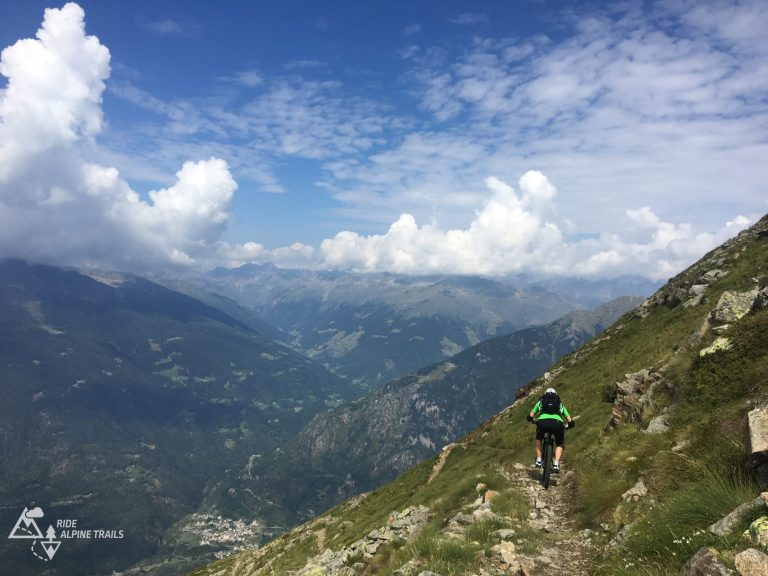 Ride Alpine Trails MTB Mountainbike Camps Freeride Enduro Transalp Alpencross Westalpen Mountains Love MTB Touren Shuttle MTB Guides